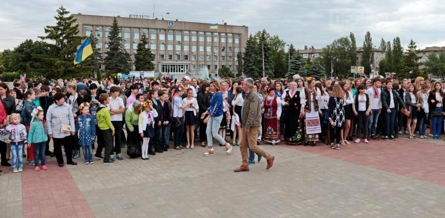Праздник вышиванки: День национального костюма в Никополе, фото-4
