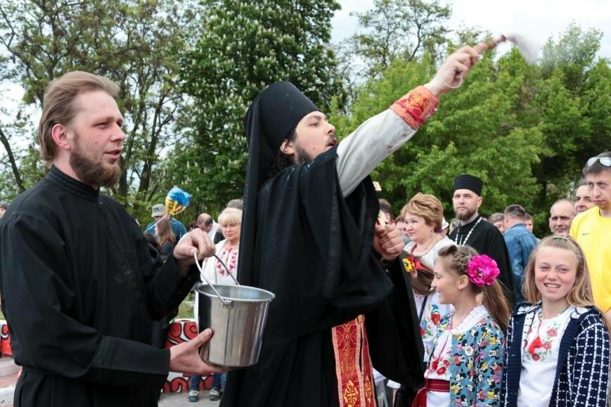 Праздник вышиванки: День национального костюма в Никополе, фото-12