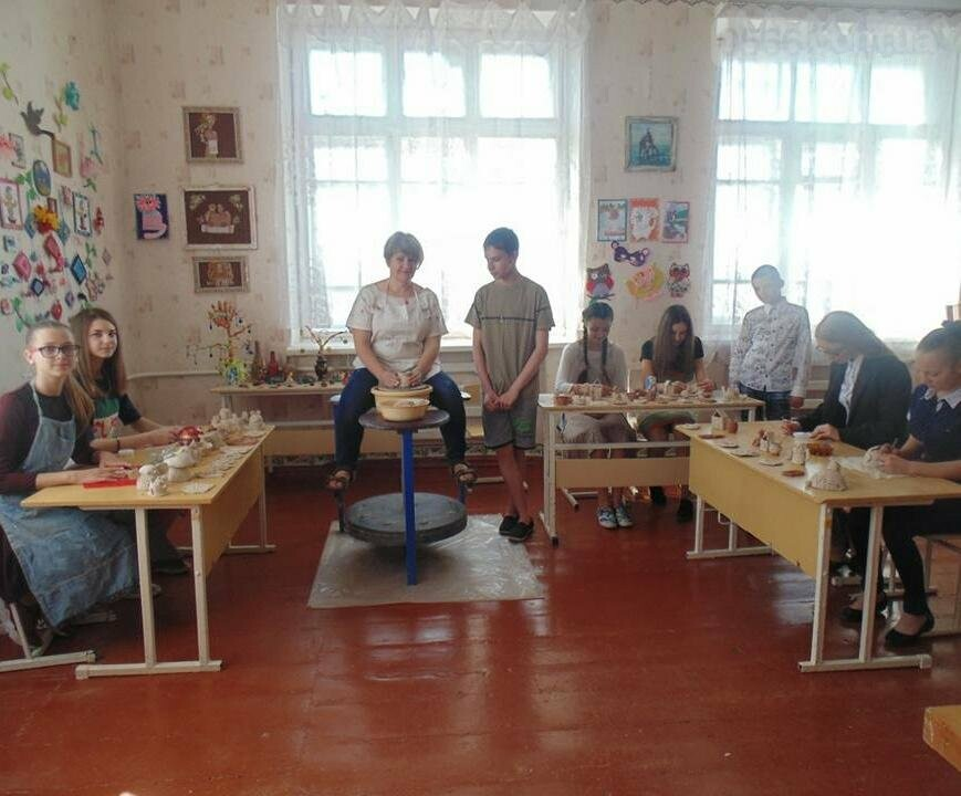 Нікопольські умільці: Заняття у гуртку гончарства, фото-1