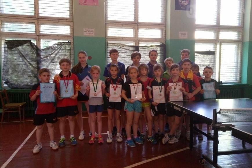 Вдалий виступ нікопольських тенісистів, фото-1