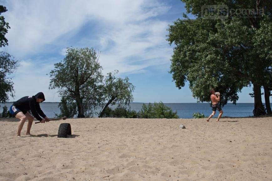 Как никопольчане отдыхают на пляже, фото-2