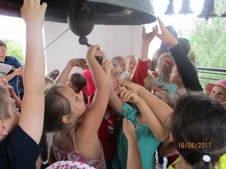 Никопольские школьники могут узнать больше об истории, устройстве и чтимых иконах Спасо-Преображенского собора, фото-11