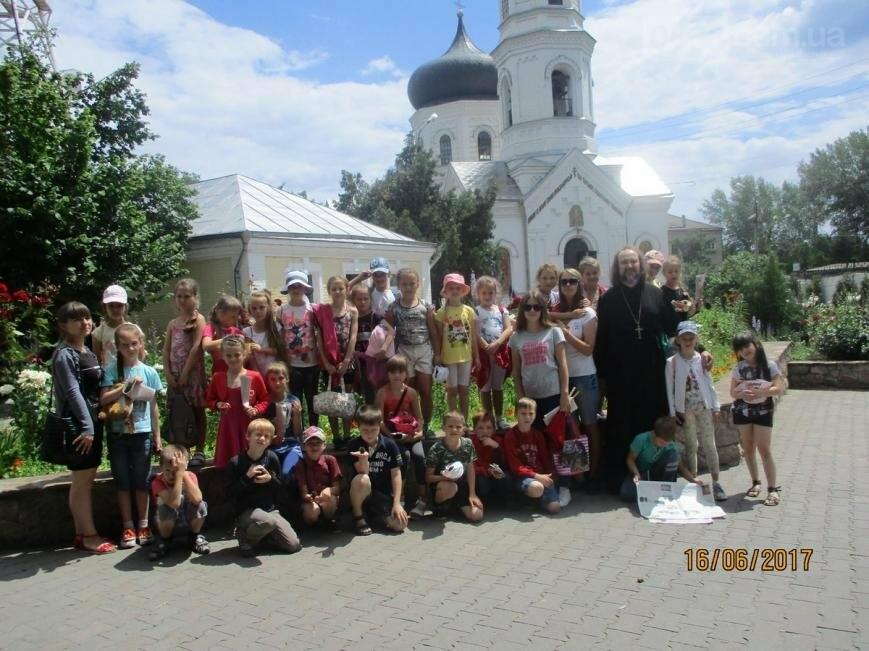 Никопольские школьники могут узнать больше об истории, устройстве и чтимых иконах Спасо-Преображенского собора, фото-17