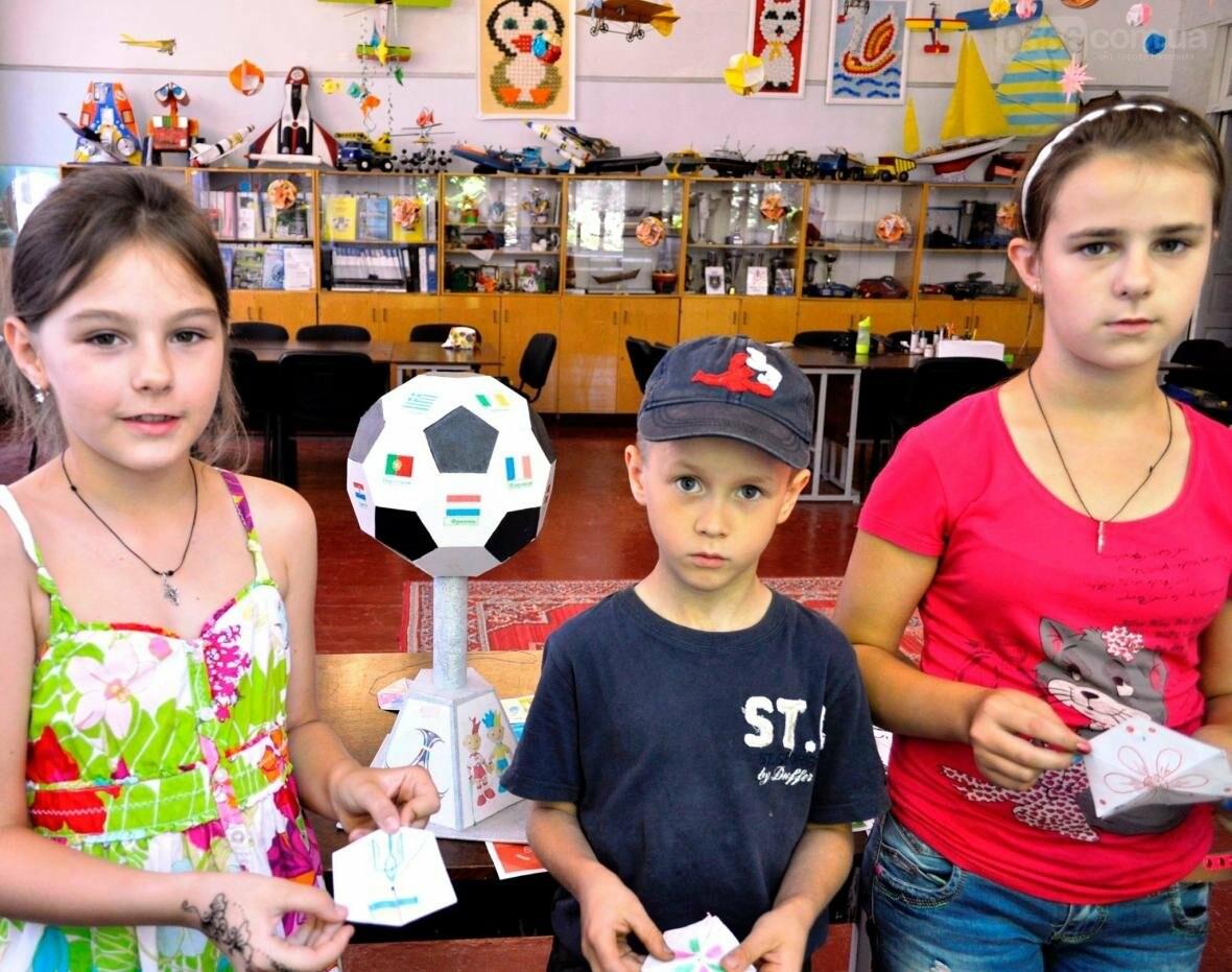 Як готуються  до дня конституції у літній школі «Ми – творці майбутнього», фото-6