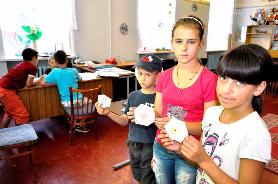 Як готуються  до дня конституції у літній школі «Ми – творці майбутнього», фото-7