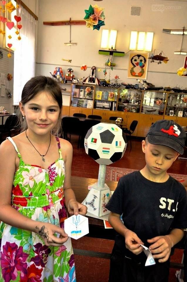 Як готуються  до дня конституції у літній школі «Ми – творці майбутнього», фото-8