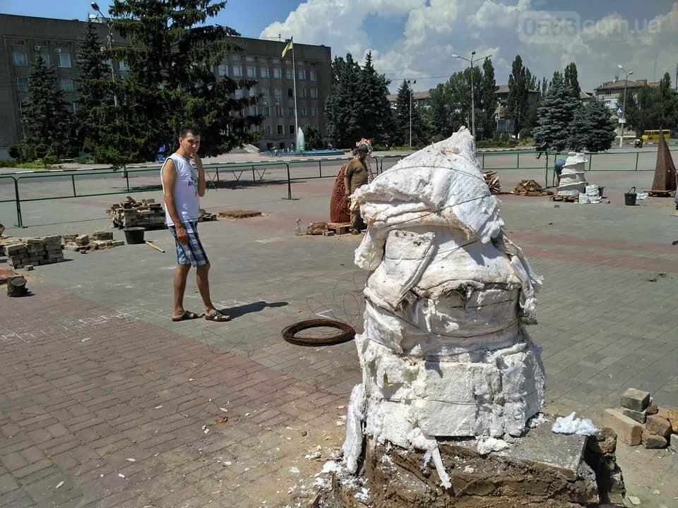 """Подготовка к обжигу скульптур: Никополь """"Скиф и я, Скифия"""" , фото-3"""