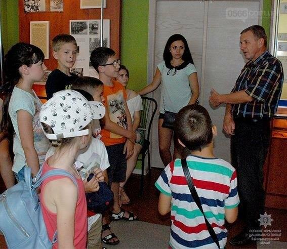 Музей ГУНП запрошує відвідувачів на екскурсії, фото-1
