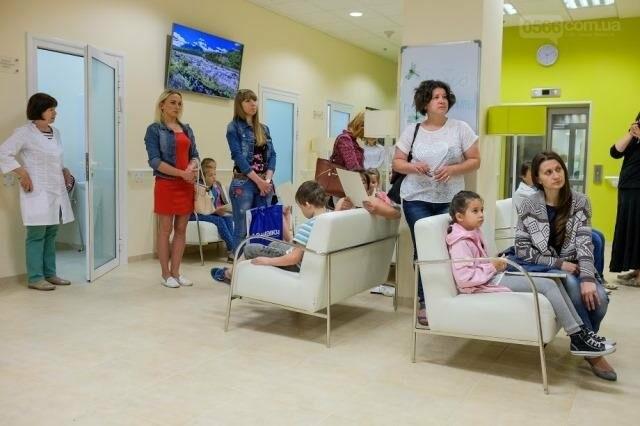 Лікарі закликають батьків першокласників  зробити дітям щеплення від кору, фото-1