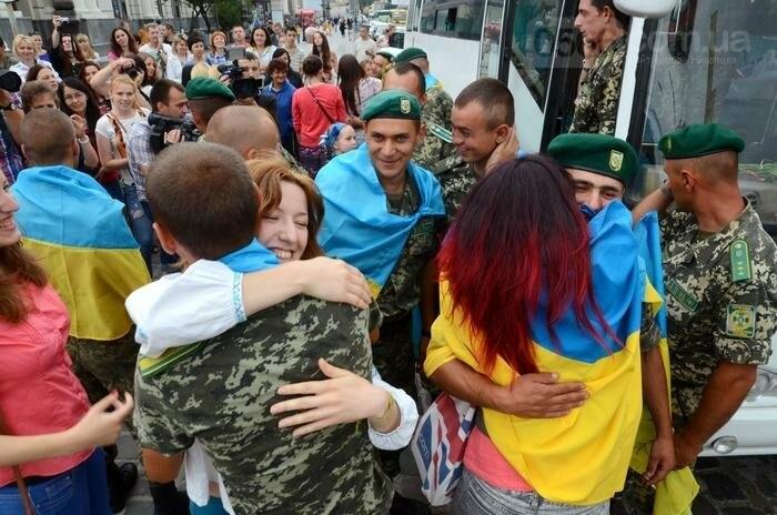 Порядок звільнення військовослужбовців з зони проведення АТО, фото-1